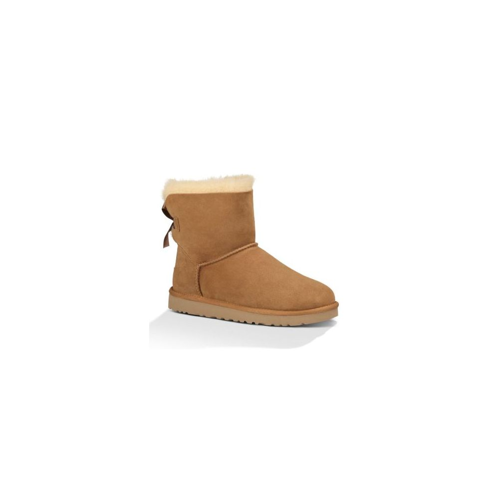 1016501/CHE UGG BAILEY BOW 2