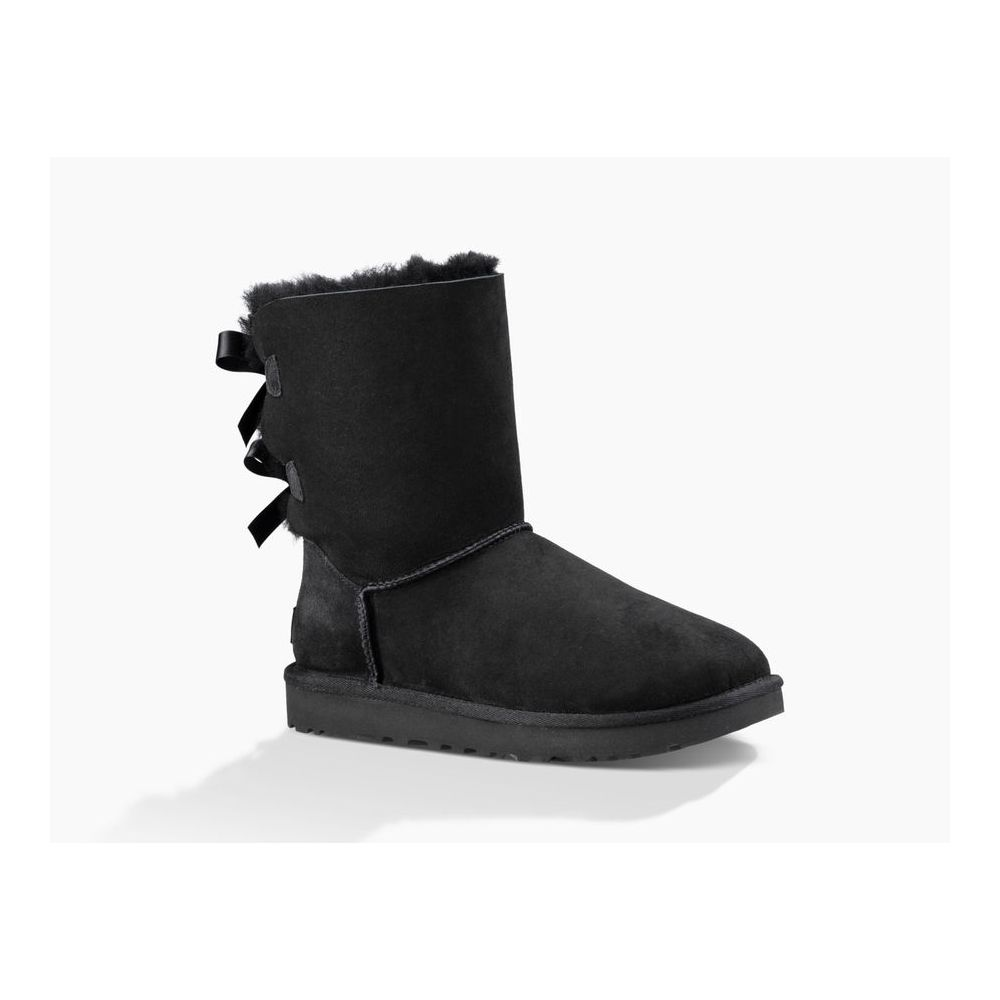 1016225/BLK UGG BAILEY BOW 2